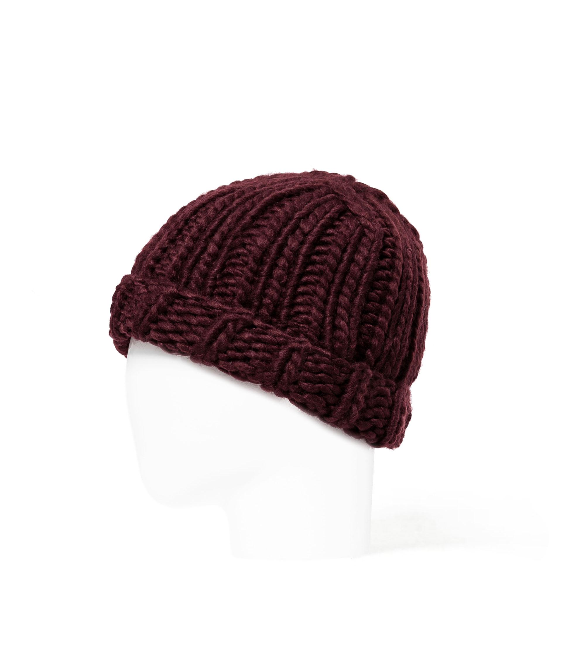 Zara Chunky Knit Beanie Hat £12.99