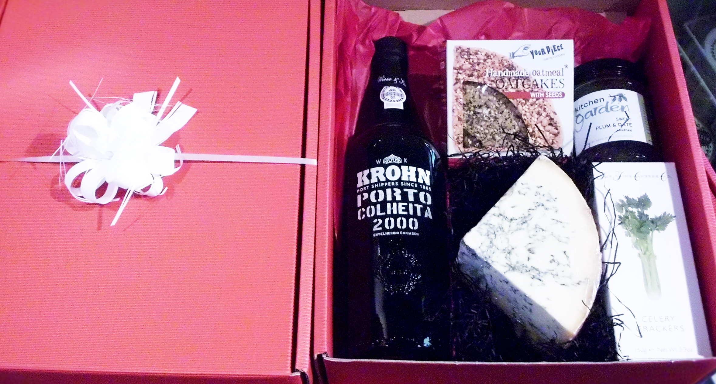 St Giles Cheese Port & Stilton Giftbox