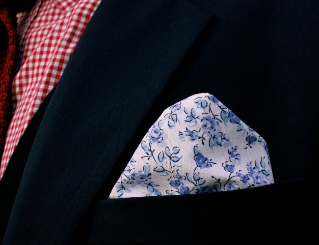 Trashness Delft Pocket Square