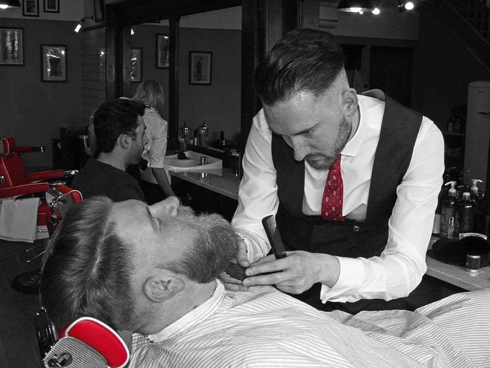 beckets barber beard trim
